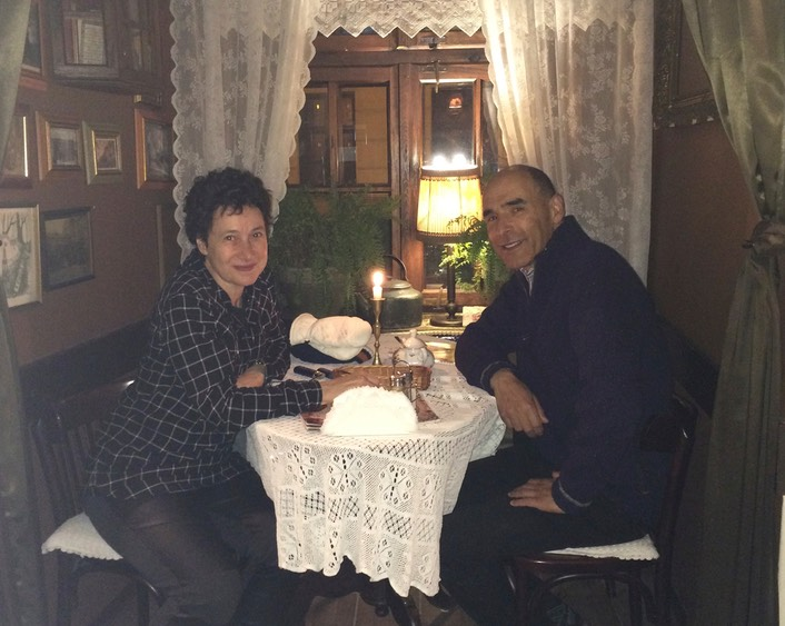 Anna-ciddor-and-husband-eat-traditional-meal-lublin